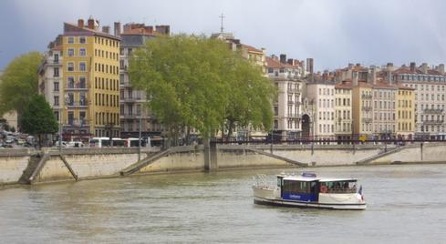 la nouvelle navette fluviale à Lyon
